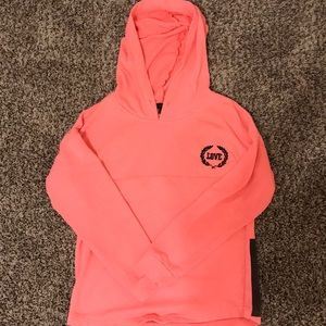 Never used comfortable pullover